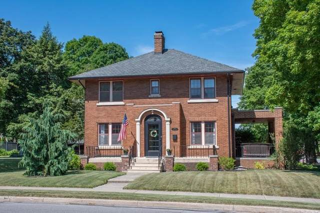 2901 Miami Street, South Bend, IN 46614 (MLS #202123574) :: Parker Team
