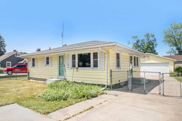 11715 W Lincolnway Highway, Osceola, IN 46561 (MLS #202123715) :: Anthony REALTORS