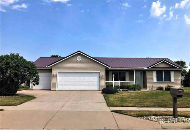 925 Lucerne Drive, Goshen, IN 46526 (MLS #202123766) :: Aimee Ness Realty Group
