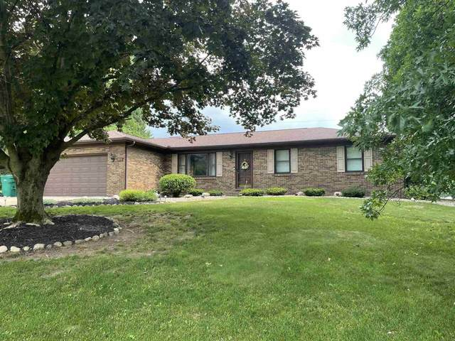 12415 Hillside Drive, Plymouth, IN 46563 (MLS #202123837) :: Anthony REALTORS