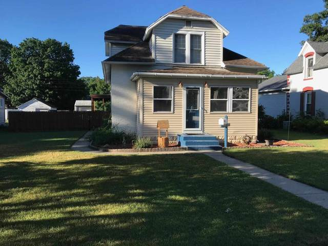 203 State Street, North Judson, IN 46366 (MLS #202124149) :: Aimee Ness Realty Group