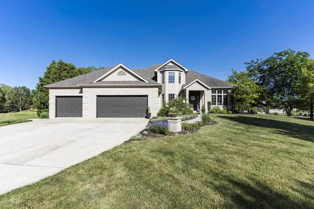 411 Red Bluff Drive, Fort Wayne, IN 46814 (MLS #202124209) :: Parker Team