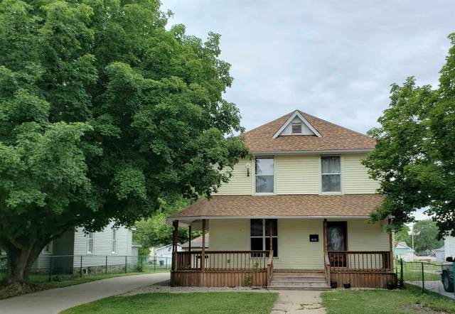 318 N Railroad Street, Monticello, IN 47960 (MLS #202124553) :: The Carole King Team