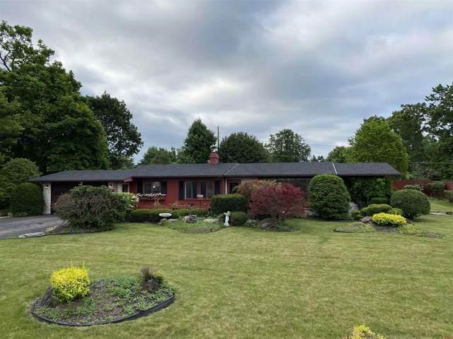 9707 Muncie Street, Selma, IN 47383 (MLS #202125026) :: The ORR Home Selling Team