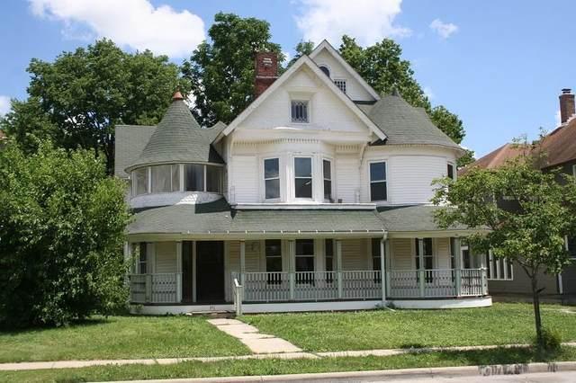 351 S Jackson St., Frankfort, IN 46041 (MLS #202126667) :: The Romanski Group - Keller Williams Realty