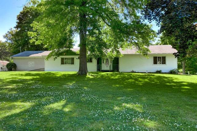 1701 S Sutton Circle Drive, Bluffton, IN 46714 (MLS #202127662) :: Aimee Ness Realty Group
