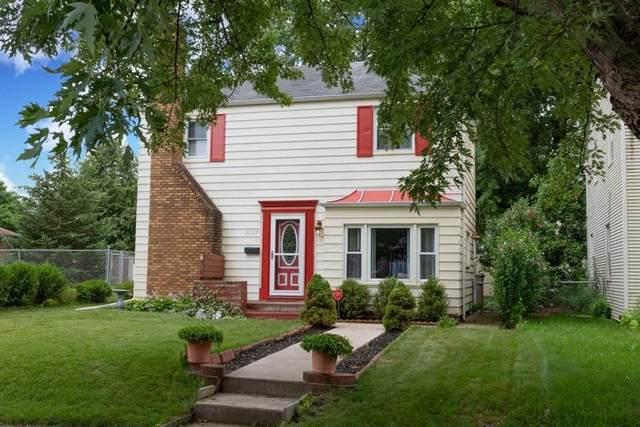 2037 Parkview Place, South Bend, IN 46616 (MLS #202127704) :: Aimee Ness Realty Group