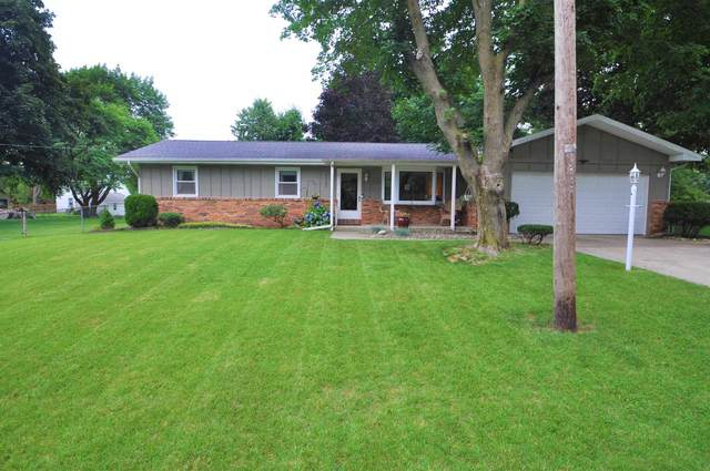 52380 Leland Avenue, South Bend, IN 46637 (MLS #202128236) :: Aimee Ness Realty Group
