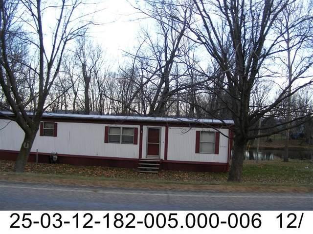 6546 N Sr 25 Highway, Rochester, IN 46975 (MLS #202128648) :: Anthony REALTORS