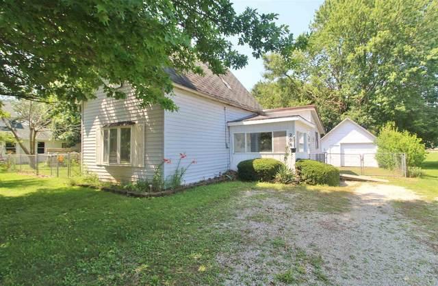 206 W Franklin Street, Converse, IN 46919 (MLS #202128850) :: The Romanski Group - Keller Williams Realty