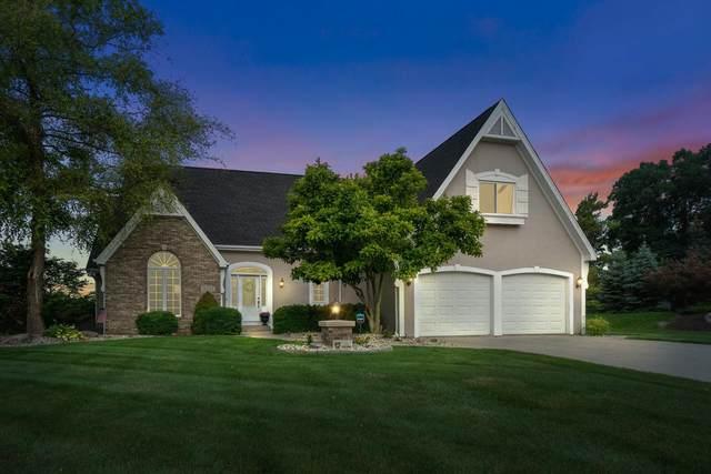 12633 Chapelwood Place, Fort Wayne, IN 46845 (MLS #202129512) :: Hoosier Heartland Team | RE/MAX Crossroads