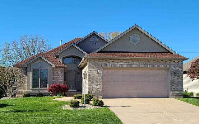 3968 Doral Lane, Elkhart, IN 46517 (MLS #202129564) :: Aimee Ness Realty Group