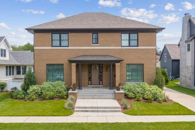 1028 Notre Dame Avenue, South Bend, IN 46617 (MLS #202129765) :: The Harris Jarboe Group   Keller Williams Capital Realty