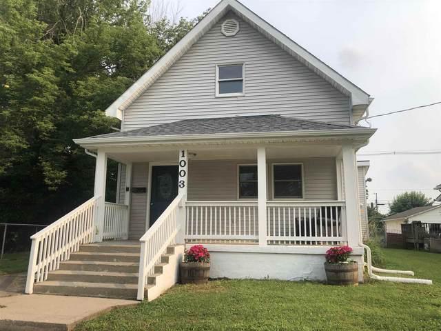 1003 W Jefferson Street, Frankfort, IN 46041 (MLS #202129846) :: The Romanski Group - Keller Williams Realty