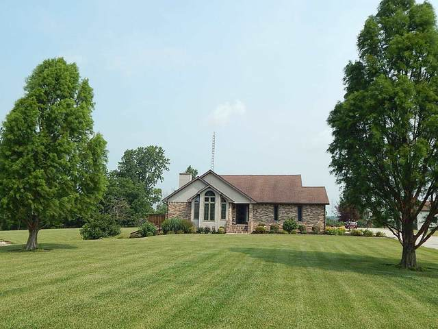 4371 W 900 S, Poneto, IN 46781 (MLS #202129862) :: Aimee Ness Realty Group