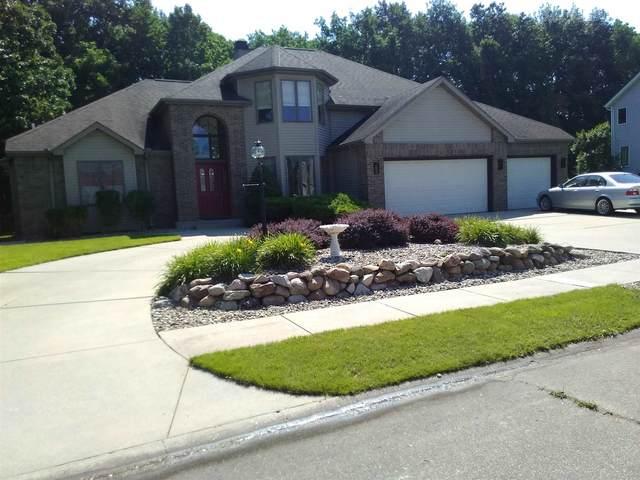 3710 Oak Ridge Drive, Elkhart, IN 46517 (MLS #202130047) :: Parker Team