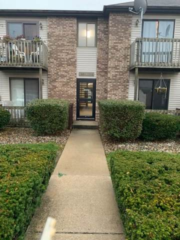 1008 E Clarinet Boulevard, Elkhart, IN 46516 (MLS #202130098) :: Aimee Ness Realty Group