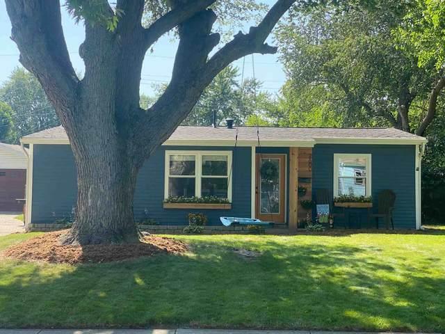 2600 Edgelea Drive, Lafayette, IN 47909 (MLS #202130240) :: Aimee Ness Realty Group