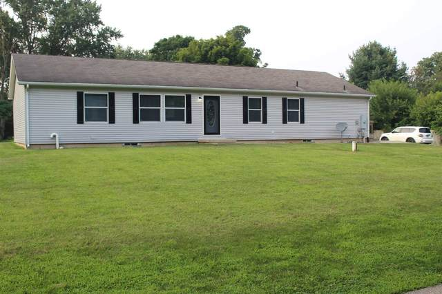 2532 W Second Street, Mexico, IN 46534 (MLS #202130314) :: The Romanski Group - Keller Williams Realty