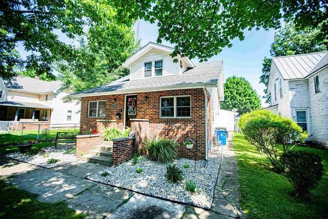 1004 W Lake Avenue, Plymouth, IN 46563 (MLS #202130358) :: JM Realty Associates, Inc.