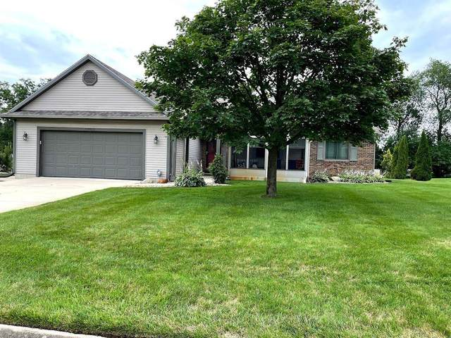59460 Peppermint Drive, Elkhart, IN 46517 (MLS #202130452) :: Aimee Ness Realty Group