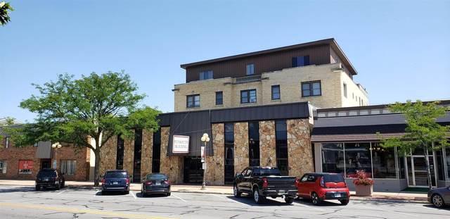 310 N Michigan Street, Plymouth, IN 46563 (MLS #202130468) :: JM Realty Associates, Inc.