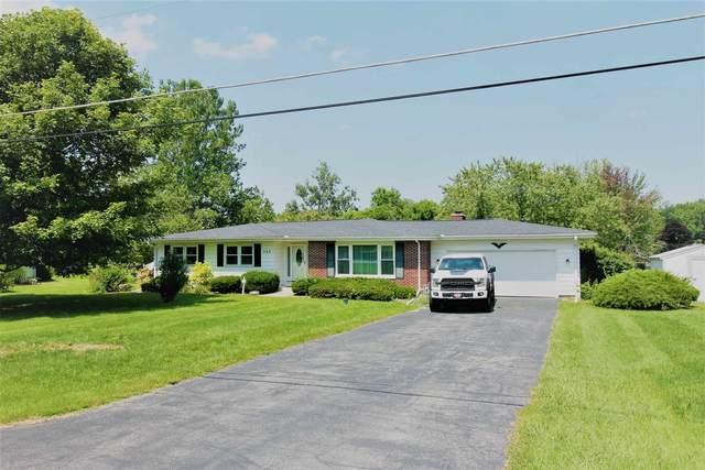 203 Sunset Shores, Kendallville, IN 46755 (MLS #202130659) :: JM Realty Associates, Inc.