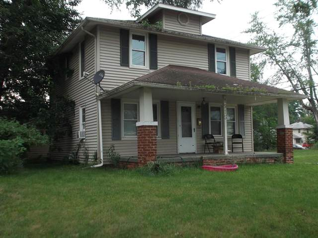 1915 S Vernon Street, South Bend, IN 46613 (MLS #202130677) :: JM Realty Associates, Inc.