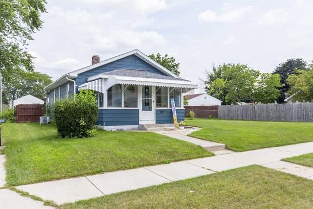 912 Reddick Street, Mishawaka, IN 46544 (MLS #202130695) :: JM Realty Associates, Inc.