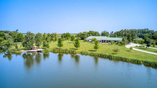 2238 E Sr 14 Highway, Silver Lake, IN 46982 (MLS #202130745) :: JM Realty Associates, Inc.