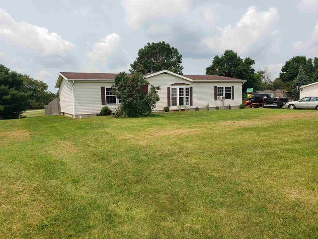 3915 S 109 W, Pleasant Lake, IN 46779 (MLS #202130830) :: The ORR Home Selling Team