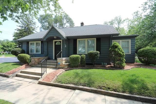 1202 S Twyckenham Drive, South Bend, IN 46615 (MLS #202130884) :: The Harris Jarboe Group   Keller Williams Capital Realty