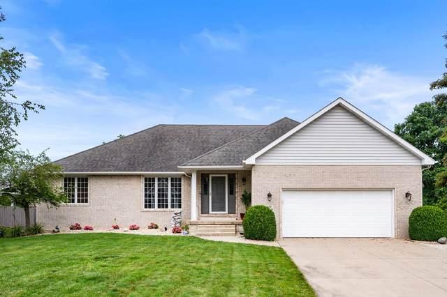 601 S Jade Dr, Yorktown, IN 47396 (MLS #202130975) :: The ORR Home Selling Team