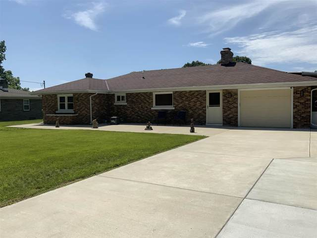 55137 Hollywood Boulevard, South Bend, IN 46628 (MLS #202131047) :: The ORR Home Selling Team