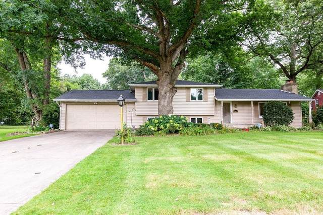 52610 Bamford Drive, South Bend, IN 46637 (MLS #202131099) :: The ORR Home Selling Team