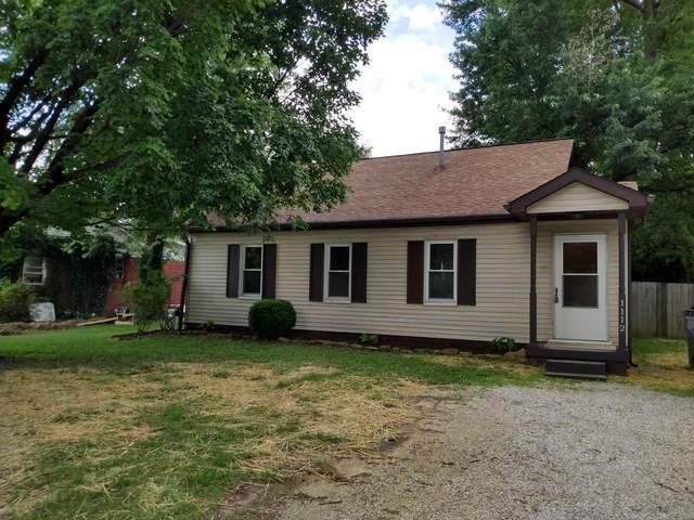 1112 St. George Road, Evansville, IN 47711 (MLS #202131113) :: The ORR Home Selling Team