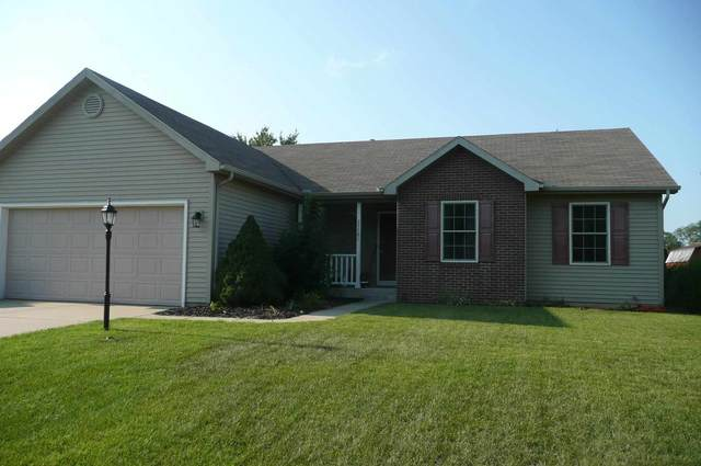 25791 Little Fox Trail, South Bend, IN 46628 (MLS #202131128) :: The ORR Home Selling Team