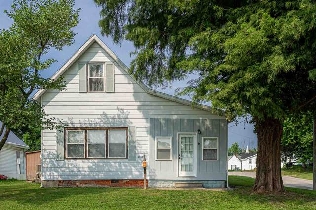 1133 Locust Street, Mount Vernon, IN 47620 (MLS #202131137) :: The ORR Home Selling Team