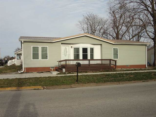 202 S 8th Street, Mitchell, IN 47446 (MLS #202131299) :: Aimee Ness Realty Group