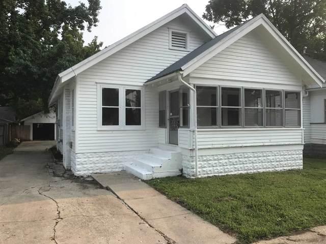 1804 Jefferson Street, Lawrenceville, IL 62439 (MLS #202131505) :: Aimee Ness Realty Group