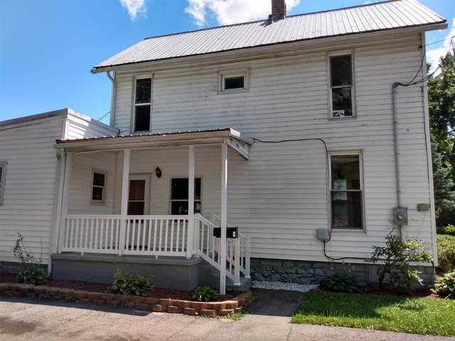 505 Garfield Street, Huntington, IN 46750 (MLS #202131772) :: Aimee Ness Realty Group