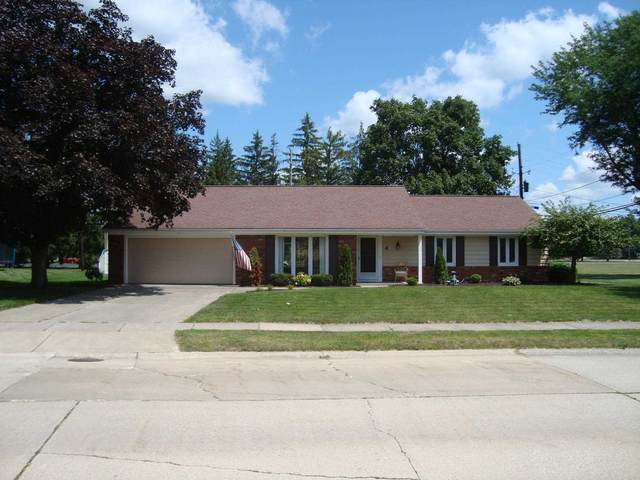 4 Northway Drive, Huntington, IN 46750 (MLS #202131824) :: Aimee Ness Realty Group