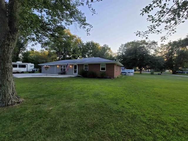 5870 S East Poe Drive, Jonesboro, IN 46938 (MLS #202131915) :: Aimee Ness Realty Group
