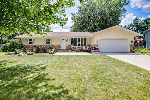 16266 Continental Lane, Granger, IN 46530 (MLS #202131937) :: Aimee Ness Realty Group