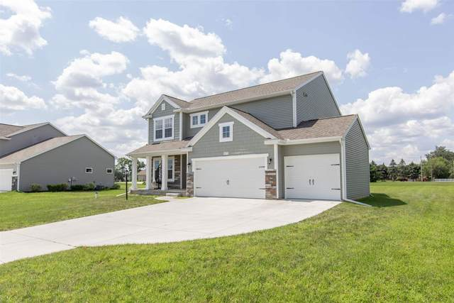 50779 Nighthawk Court, Elkhart, IN 46514 (MLS #202132025) :: Aimee Ness Realty Group