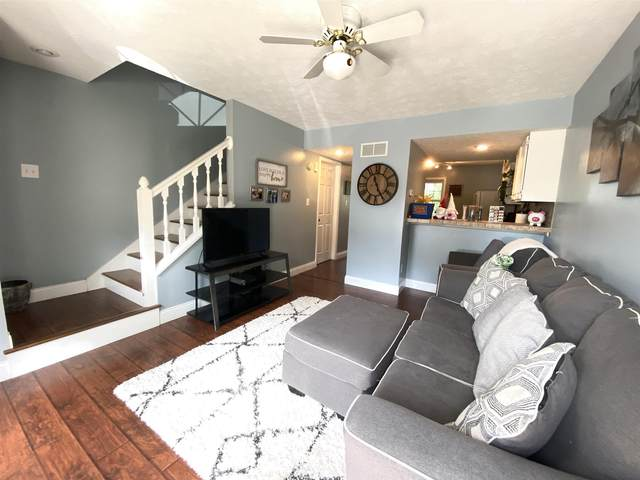 733 E Sherwood Hills Drive, Bloomington, IN 47401 (MLS #202134303) :: The Harris Jarboe Group | Keller Williams Capital Realty