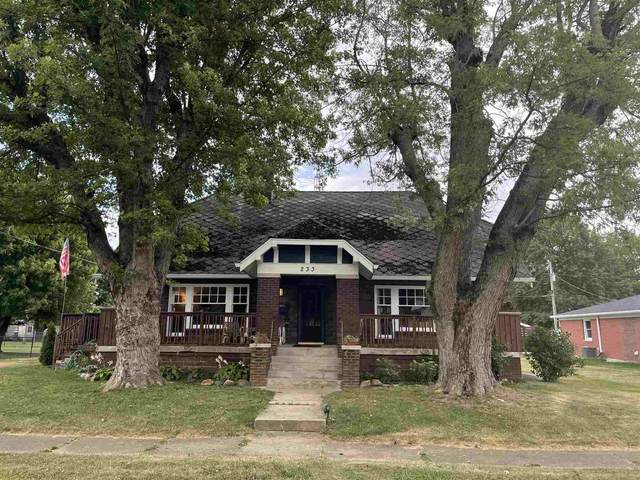 233 S Broadway Street, Albany, IN 47320 (MLS #202134381) :: The ORR Home Selling Team