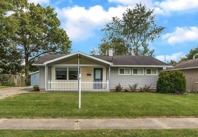 1034 Whitehall Drive, South Bend, IN 46615 (MLS #202134709) :: Aimee Ness Realty Group