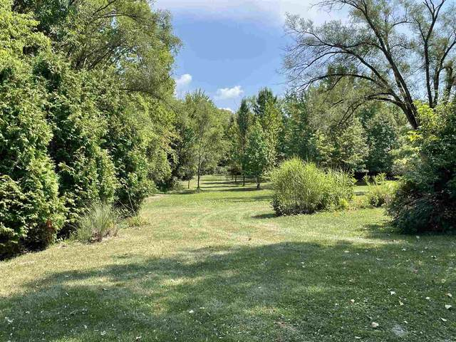 915 Bush Street, Decatur, IN 46733 (MLS #202134996) :: Aimee Ness Realty Group