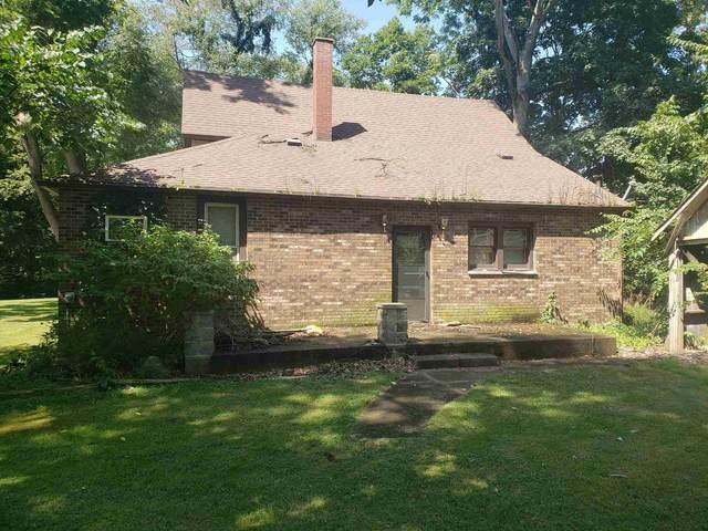 1914 Creek Street, Logansport, IN 46947 (MLS #202135250) :: The Romanski Group - Keller Williams Realty